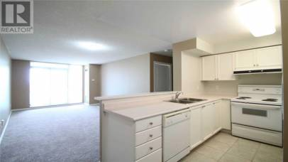 2565 Erin Centre Boulevard Mississauga L6M6Z9, 1 Bedroom Bedrooms, ,1 BathroomBathrooms,Single Family,For Rent,Erin Centre,W5372258