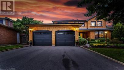 1321 PEARTREE Circle Oakville L6M2J6, 4 Bedrooms Bedrooms, ,4 BathroomsBathrooms,Single Family,For Sale,PEARTREE,40163909