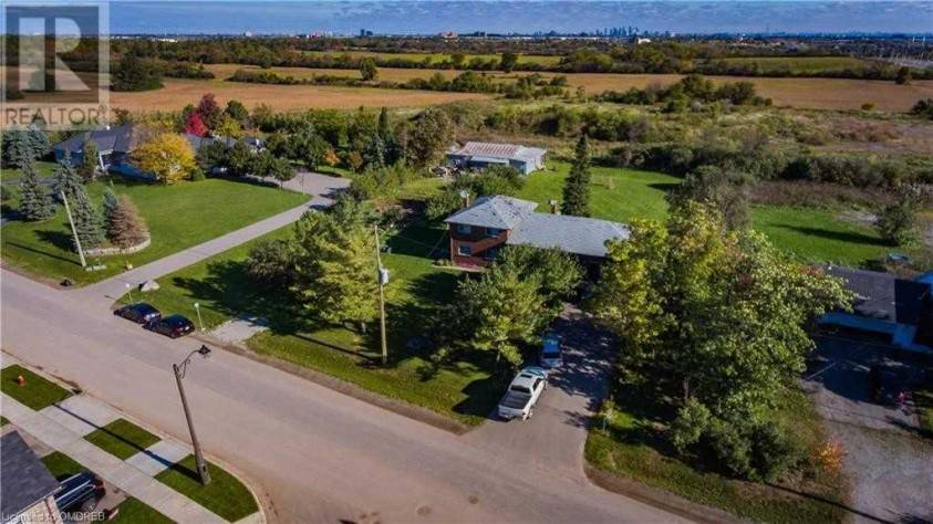 3043 Eighth Line Oakville L6H7H5, 4 Bedrooms Bedrooms, ,2 BathroomsBathrooms,Single Family,For Sale,Eighth,W5064902